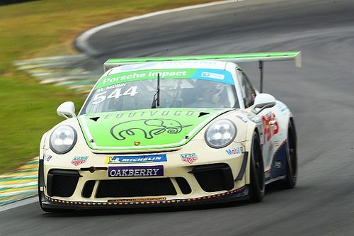 Porsche Carrera Cup: Muller supera Paludo e conquista pole em Interlagos