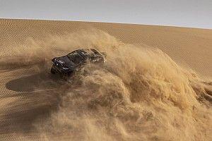 Nasser Al-Attiyah et Giniel de Villiers restent chez Toyota