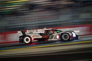 A mitad de las 24H de Le Mans, Pechito López lidera el 1-2 de Toyota