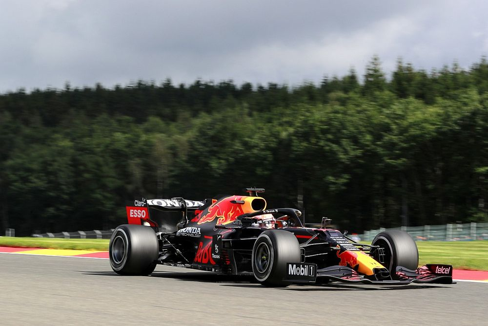 A Red Bull nem bünteti versenyzőit, míg nem tisztázott a naptár