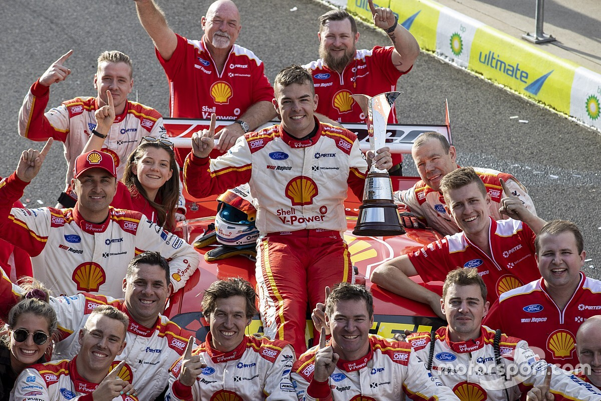 McLaughlin wins Barry Sheene Medal