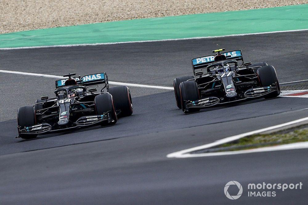Mercedes: Geen zorgen over veiligheid stuur Hamilton bij Eifel GP