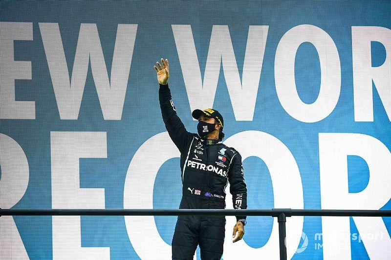GP de Portugal: récord absoluto de Hamilton tras un inicio loco