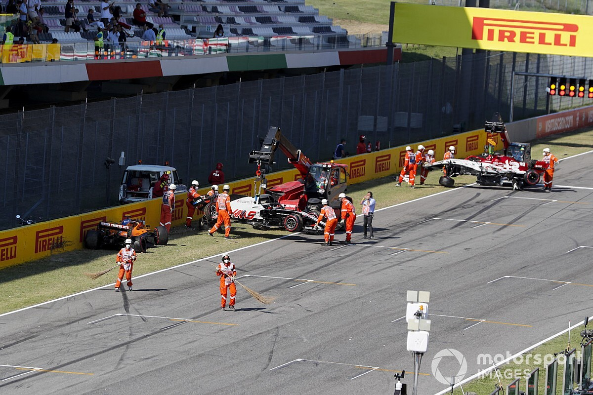 Twelve drivers warned over Mugello restart crash