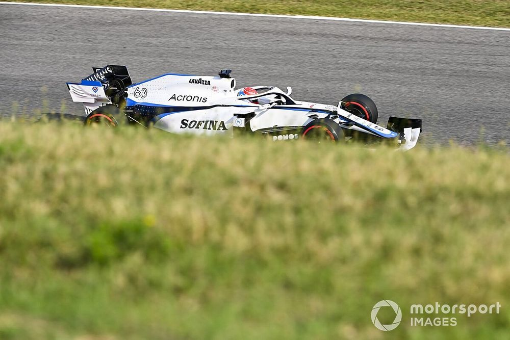 Vídeo F1: Russell analiza Mugello... ¡mientras hace la vuelta!