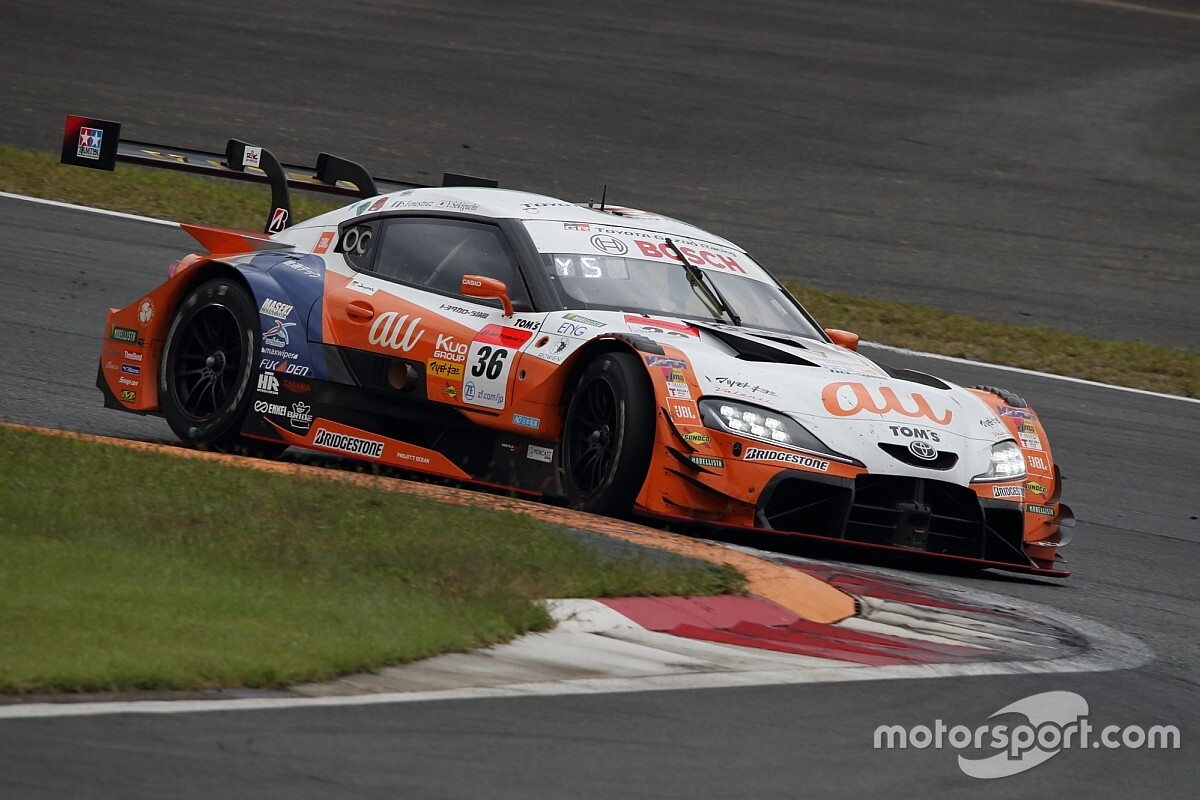 "Fenestraz admits ""we messed ourselves up"" at Fuji"