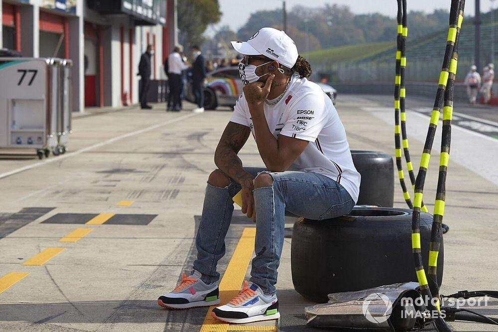 Hamilton aclara por qué aún no ha renovado con Mercedes