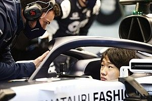 Tsunoda secures Formula 1 graduation with AlphaTauri