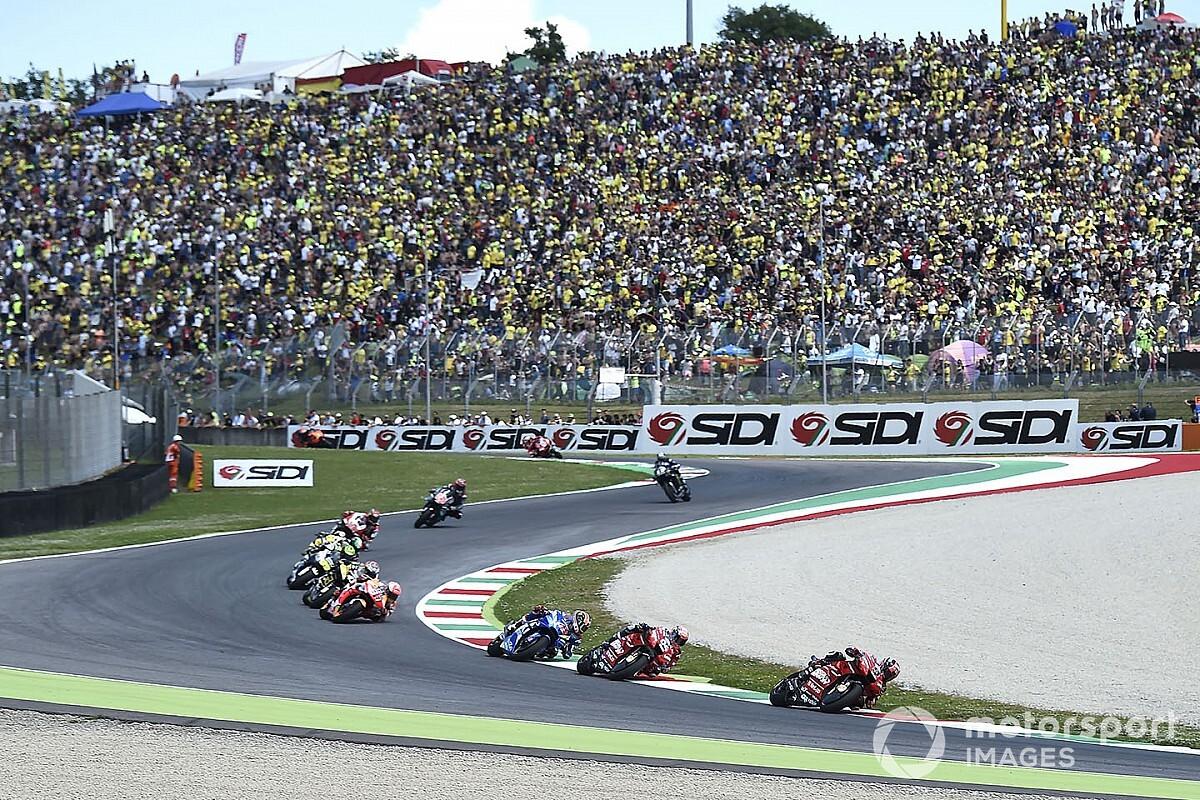 """Rossi: """"Erg jammer als we zonder fans moeten racen"""""""
