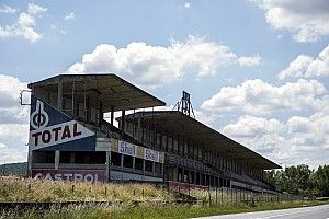 Vergane glorie: Het roemruchte circuit van Reims in beeld