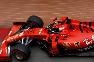 """Vettel: """"Fatichiamo più degli altri a portare le gomme nella finestra giusta"""""""