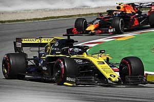 Риккардо раскрыл различия в поведении машин Red Bull и Renault на «Каталунье»
