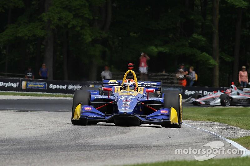 Rossi verpulvert tegenstand in IndyCar-race Road America
