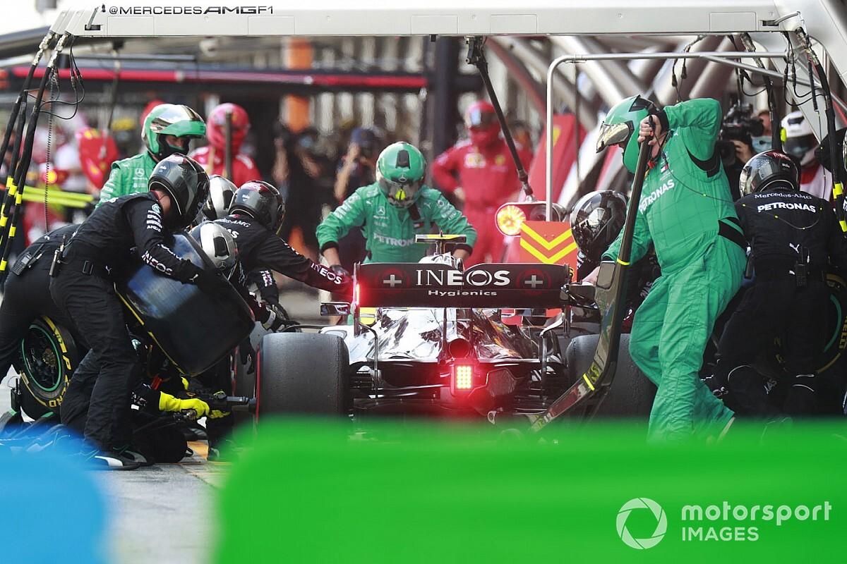 """Stratégie : Mercedes a pris une """"mauvaise décision"""" pour Bottas"""
