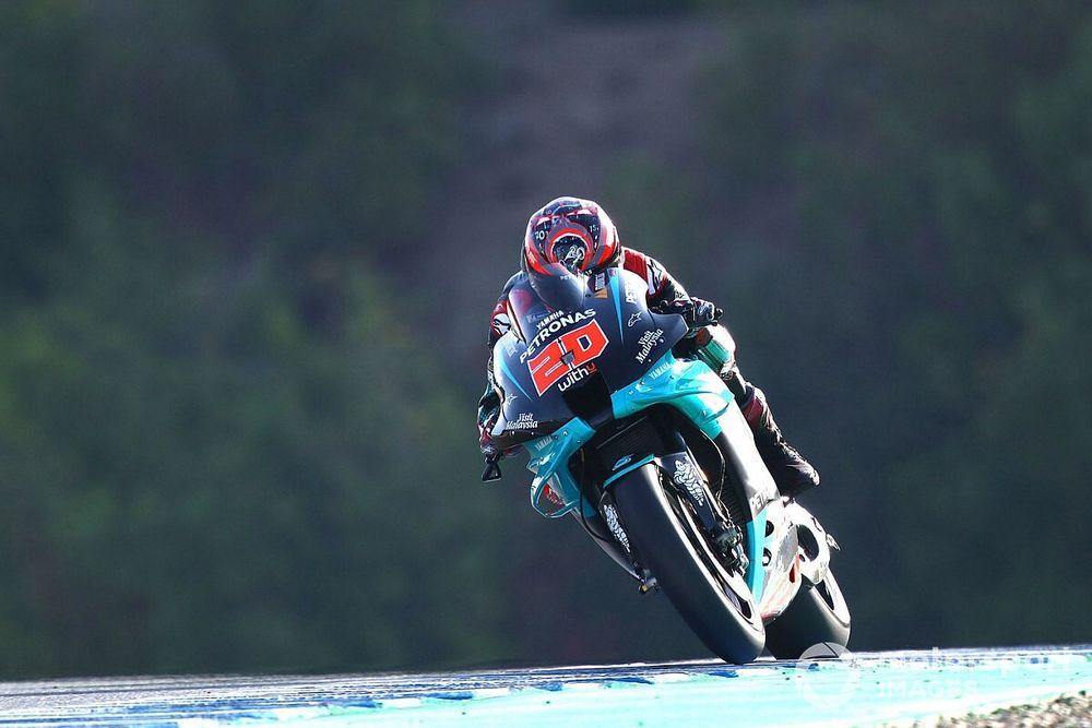 Quartararo zegeviert in Jerez, Marquez crasht na inhaalrace