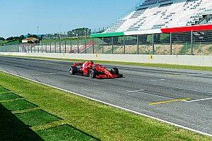 Vettel hace campaña por Mugello tras su test con Ferrari