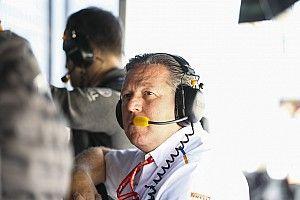 "Brown: ""2022'de Ferrari, Mercedes ve Red Bull'a odaklanabileceğiz"""