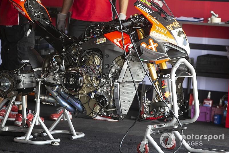 "Aprilia-Rennleiter kritisiert Ducatis V4-Superbike: ""Das ist ein MotoGP-Motor"""