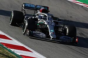 Bottas 'voa' e lidera terceira manhã de testes da F1 em Barcelona