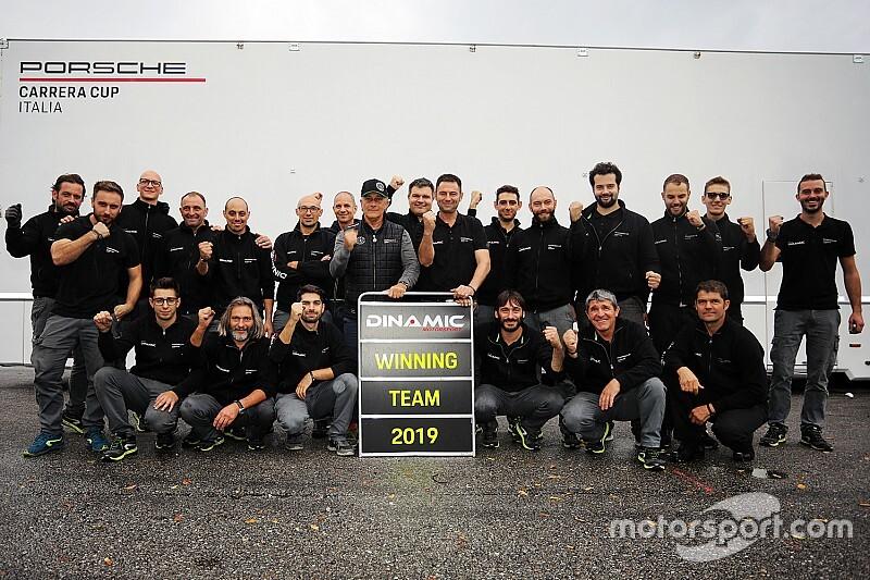 Carrera Cup Italia, anche Dinamic Motorsport in festa a Monza