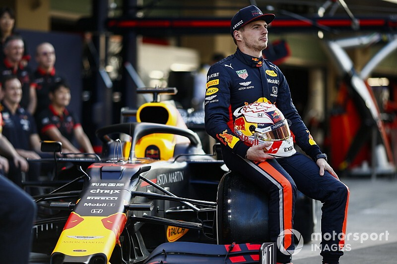 Verstappen: Early Red Bull renewal was to avoid 'awkwardness'