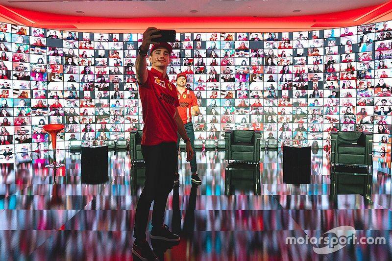 Duo Ferrari Tegaskan Tak Takut Hamilton-Mercedes
