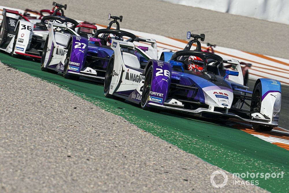 BMW can win title on Formula E swansong, say drivers