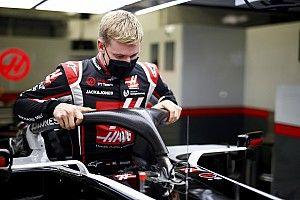 Galéria: Schumacher üléspróbája a Haas Forma-1-es csapatánál!