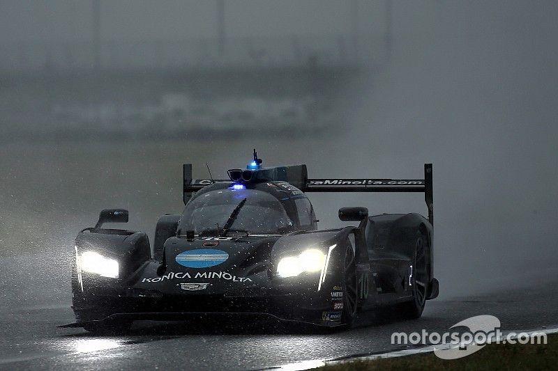 Alonso vince la battaglia con Nasr sotto il diluvio e conquista la 24 Ore di Daytona!