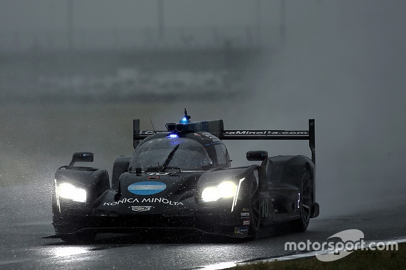 Alonso supera chuva e Nasr e conquista 24 Horas de Daytona; Farfus vence na GTLM