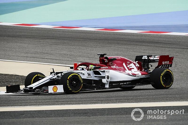 Test Bahrain, Giorno 2: Ferrari ancora in testa dopo 4 ore. Schumacher migliora