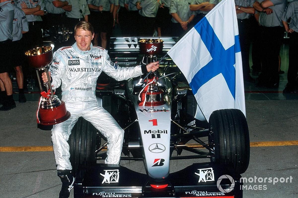 Videó: Mika Hakkinen legjobb Forma-1-es pillanatai
