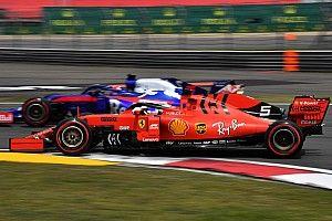 Феттель вышел в лидеры Формулы 1 по штрафным баллам. Квят – в первой пятерке