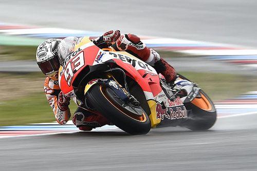 Brno, Warm Up: Marquez vola sotto la pioggia. Bene le Ducati