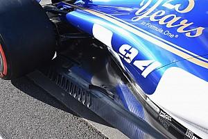 Sauber: sulla C36 la bavetta arcuata si trova a metà del marciapiede