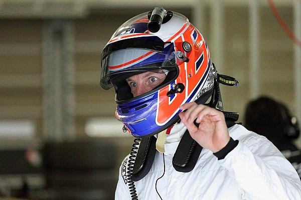 """Button diz que seu """"amor por corridas está de volta"""