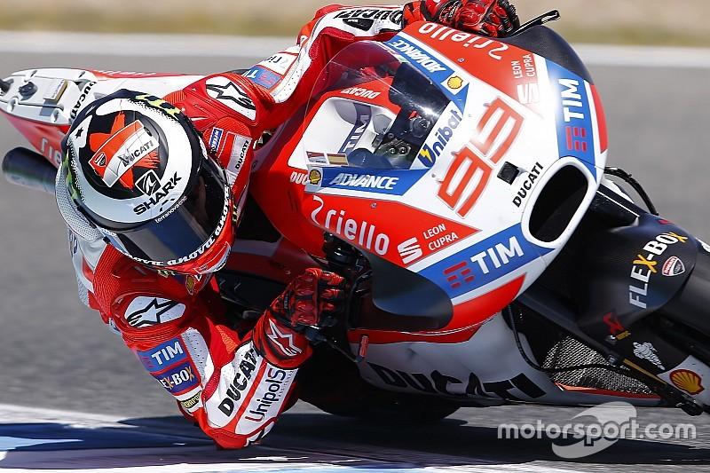 Demi membuat Ducati kompetitif, Lorenzo siap lakukan apapun