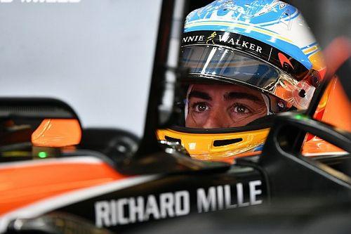 Алонсо призвал McLaren ускориться с выбором двигателей на 2018-й
