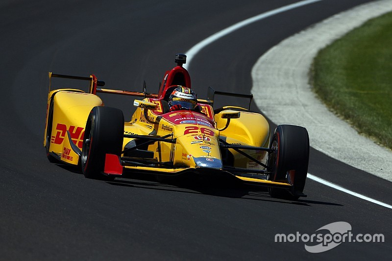 Indy 500: Hunter-Reay tops 33-10 qualifying session at 231mph
