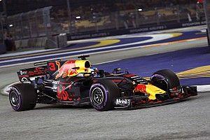 Red Bull deelt de lakens uit op eerste dag in Singapore