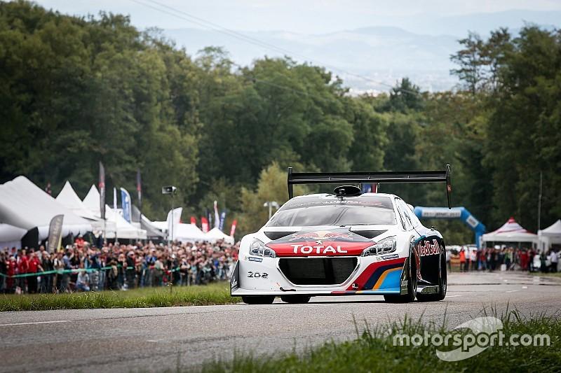 Photos - La Peugeot 208 T16 Pikes Peak et Sébastien Loeb à Turckheim