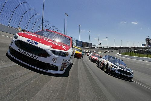 Bad pit stop derails Ryan Blaney's chance at first Cup victory