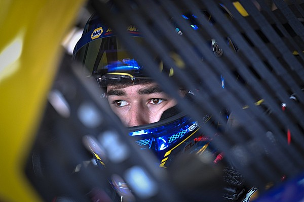 NASCAR Cup Breaking news Chase Elliott signs contract extension with Hendrick through 2022