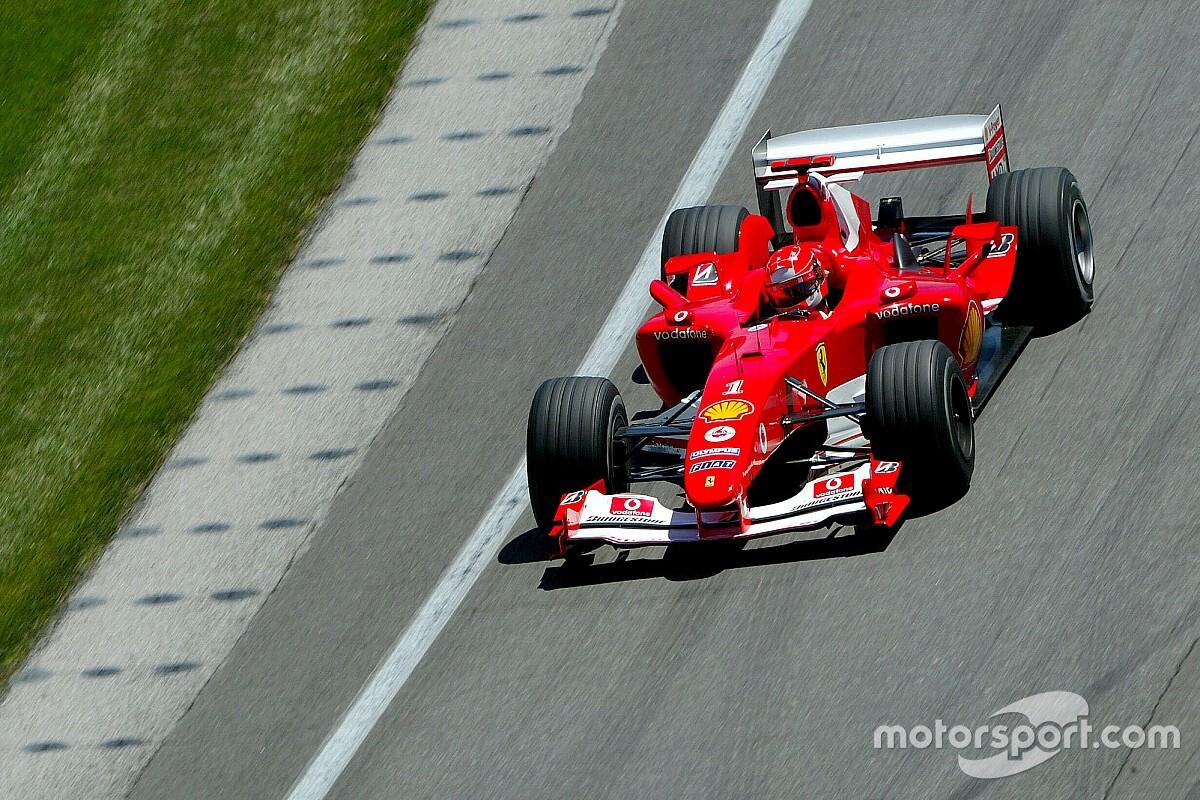Mick Schumacher nagy hétvégéje: Michael F1-es Ferrariját vezetheti