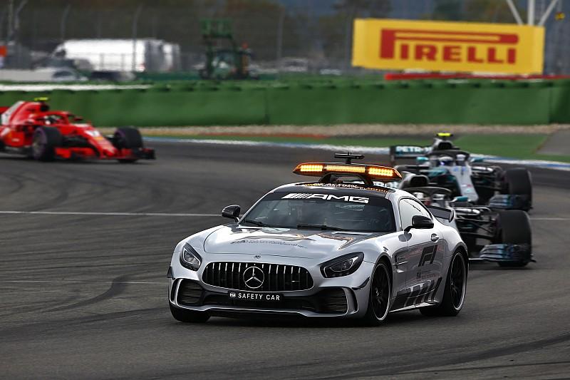 Hamiltont behívta az FIA a bokszutcai átvágás miatt a Német Nagydíj után