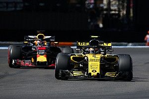 """Sainz : Rester chez Renault """"serait un plaisir"""""""