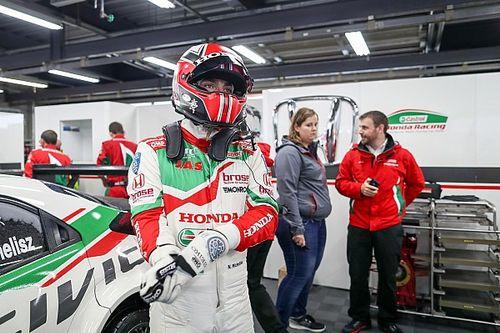 WTCC Macau: Michelisz overtuigend naar beste tijd in eerste training