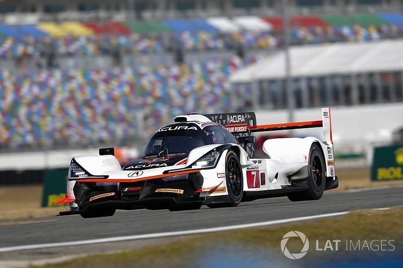 Castroneves se lleva la FP2, Fernando Alonso en P12