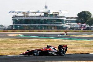 Piquet fecha bateria 1 de Silverstone em 7º; Hubert vence