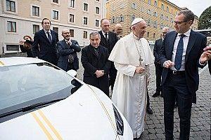 Les pilotes MotoGP ont rendez-vous… avec le Pape!